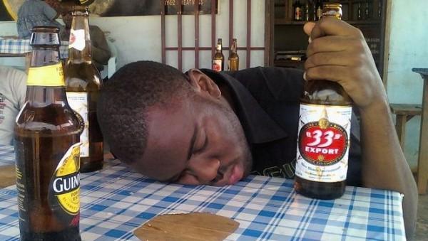 OMS : les Gabonais, premiers consommateurs d'alcool en Afrique